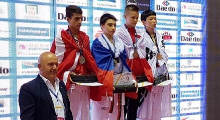 Dünya Şampiyonası'nda 2 gümüş