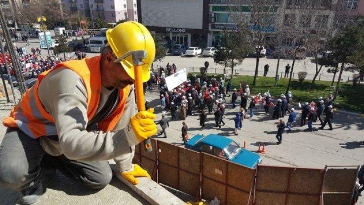 1 Mayıs İşçi Bayramı ? Ya İşçilerin Talepleri