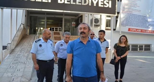 Tunceli'de zabıtalar gözaltına alındı... Başkan isyan etti