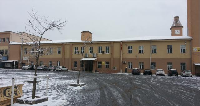 İcra gelince ortaya çıktı: Okul müdürü, Beykoz Anadolu Lisesi'ni kiraya vermiş!