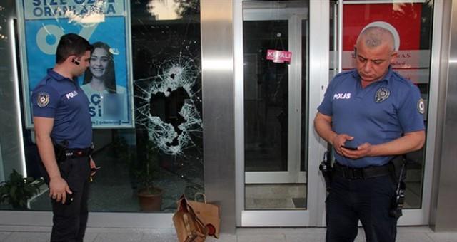 Özel güvenlik görevlisi tarafından etkisiz hale getirildi