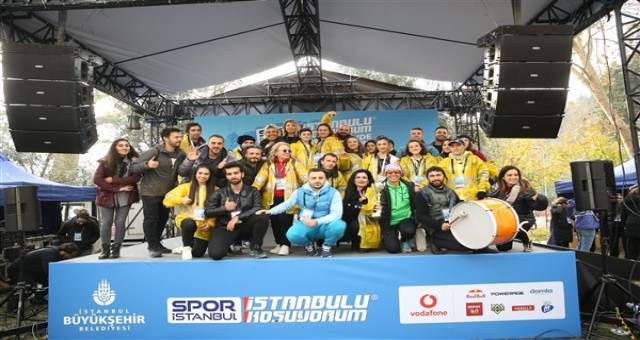 İSTANBUL'U KOŞUYORUM SERİSİ SEZONU BEBEK'TE KAPATTI!