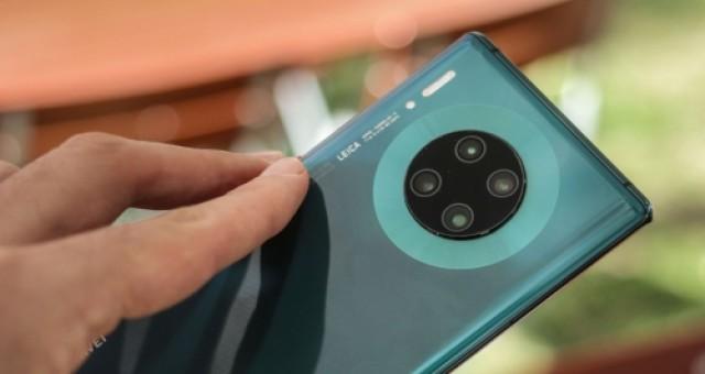 En iyi kameraya sahip telefon unvanı el değiştirdi!